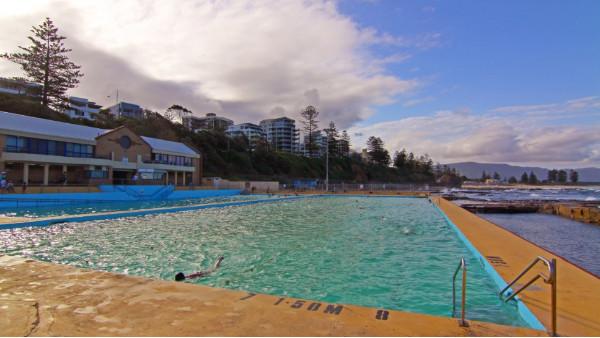 炎炎夏日,为什么恒温游泳池的水温不能调高一点?
