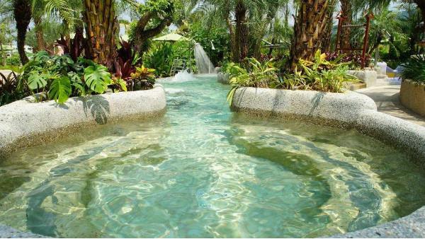 南宁长江源教你如何打造一个成功的水上乐园