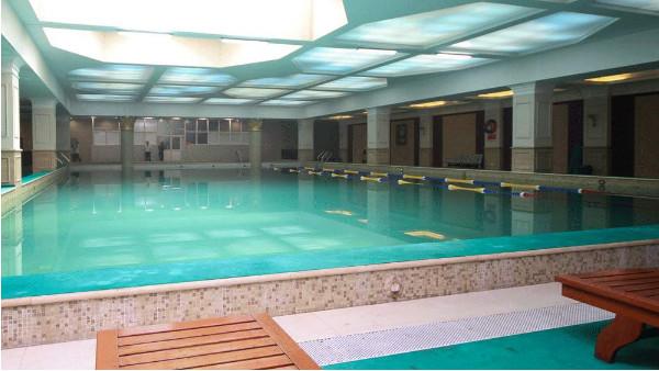 如何鉴别游泳池设备的优劣