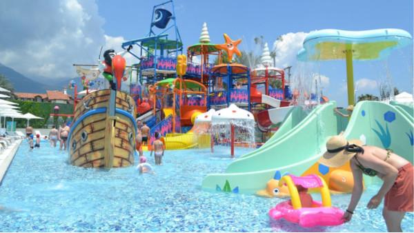 想要降低水上乐园运维费用,设备选择是关键!
