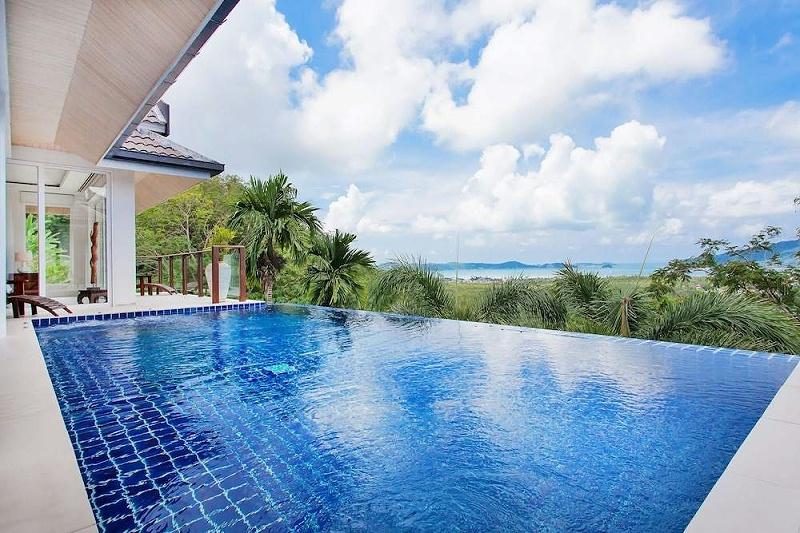 屋顶能建游泳池吗