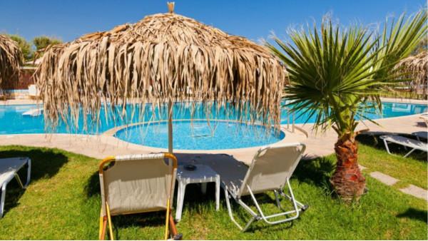 别墅建一个游泳池大概多少钱?