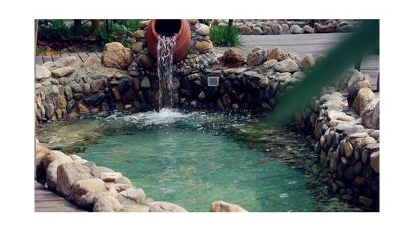 别墅游泳池应该如何选材